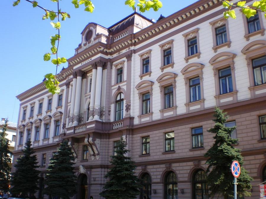 Хто у п'ятірці лідерів, Або чому молодь обирає ІФНМУ — Івано-Франківський  національний медичний університет
